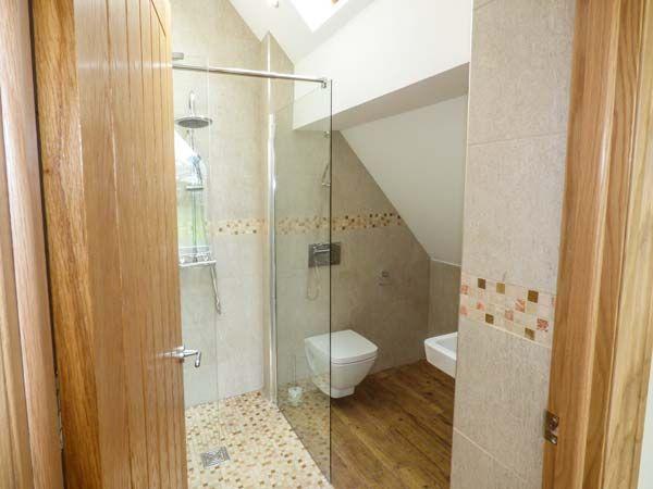 Bluebell Cottage Shower Room 1